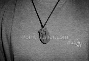 Point-sellier.comPatron cuir simple, fabriquer une bourse ronde en une seule pièce, idéal avec les enfants et pour reconstitution historique