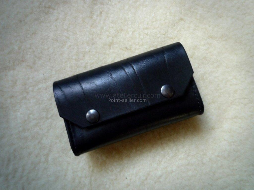 32eaeccd1b3 Pochette cuir noir téléphone chantier cuir épais