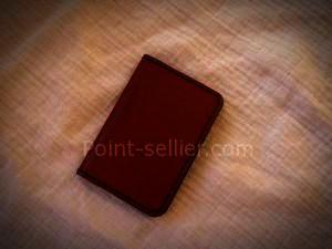 Porte cartes CB à volet en cuir maroquinerie artisanale