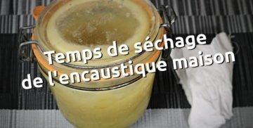 Temps de séchage de l'encustique maison cire pour le cuir et la maroquinerie - tithouan pour point-sellier.com
